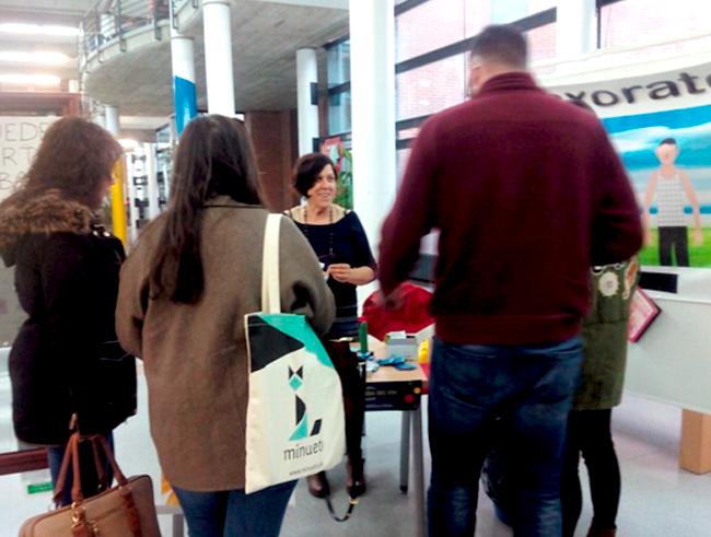 Informamos-y-hacemos-pruebas-de-VIH-en-la-universidad-de-Albacete
