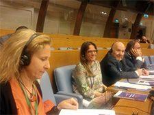 Parlamentarios instan al G7 a que actúe urgentemente para proteger los derechos de las mujeres y niñas en migración