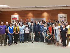 La sociedad civil, satisfecha tras su primera reunión con la ministra de Sanidad