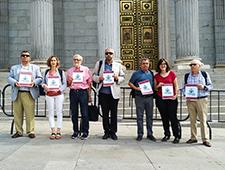 Nos unimos a la iniciativa legislativa popular 'Medicamentos a un precio justo'