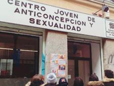 [COMUNICADO] Las y los jóvenes se quedan sin atención a su sexualidad los fines de semana en Madrid