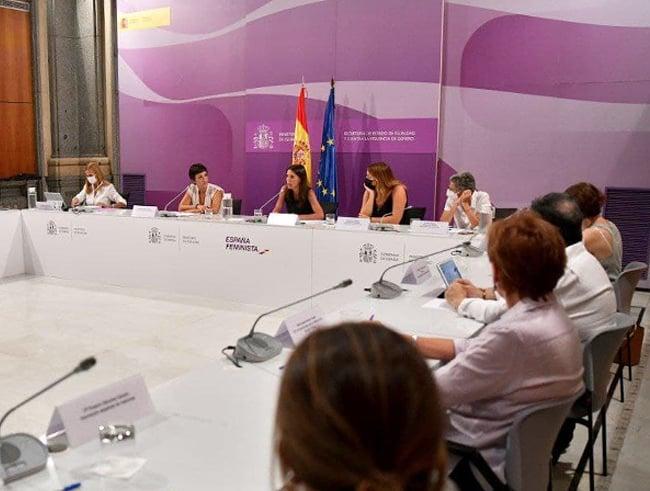 SEDRA-FPFE en el encuentro con el Ministerio de Igualdad